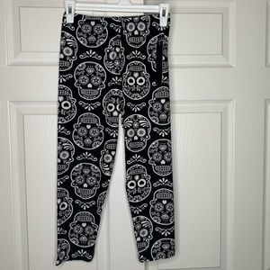 NWT | New Mix | Day of the dead | Capri leggings